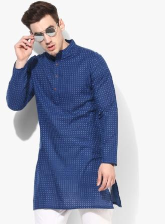 421769ca6 ... while the tiny contrasting geometric print all over lends a classic  look. This kurta can be teamed with a pair of white pyjamas to look your  best.