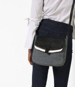 Kanvas Katha Colourblock Cotton Sling Bag